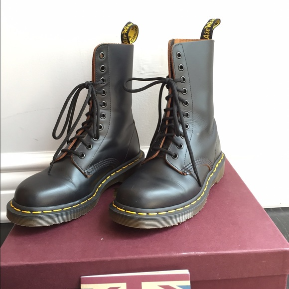 148d9a7d059f4 Dr. Martens Vintage 1490 Authentic Made in England