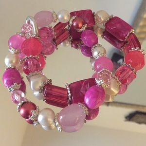 Jewelry - 🌸pink , white and silver bracelet🌸