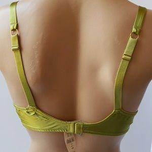 Victoria's Secret Intimates & Sleepwear - Victoria Secret Demi bra size  34C