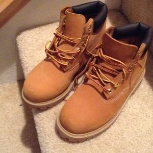 Kids wheat timberland boots