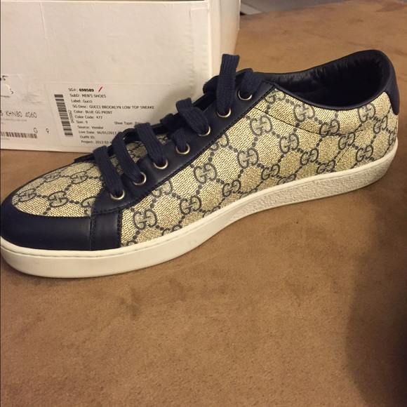 36c4278e874 Gucci Shoes - Gucci Brooklyn low top sneakers