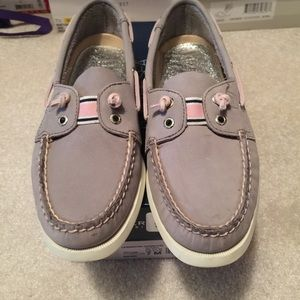 Sperry Top-Sider Shoes - BNWT SPERRY light grey with pink detail