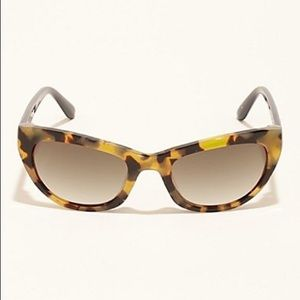 Guess 30th anniversary tortoise shell sunglasses
