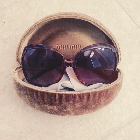 4aa20129944 Miu Miu tortoise brown square frame sunglasses. M 555b829c4e95a34f56011f17.  Other Accessories ...