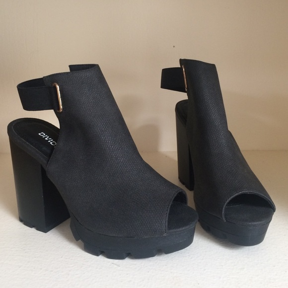 301d85d3b1c H M Shoes - Chunky Heel Peeptoe Track Sole Shoe