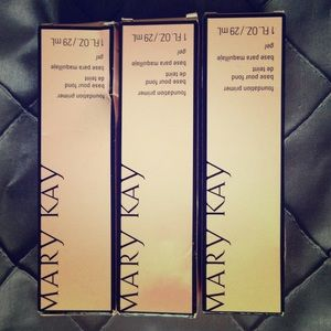 Mary Kay Other - Mary Kay Foundation Primers