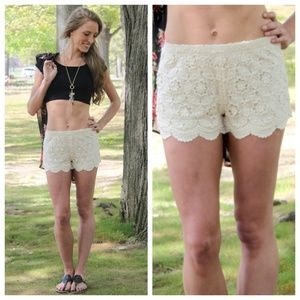 Other - ‼️SALE‼️Meagan Floral Lace Shorts