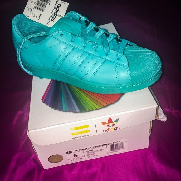 le adidas pharrell williams poshmark superstar.