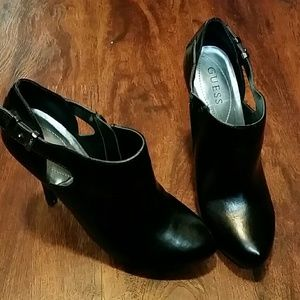 Small platform Guess shoes, warn 2 times..