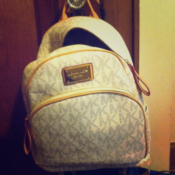 Michael Kors backpack. M 555cc389c6c7951263002ac6 96917d3f51ddc