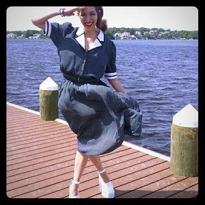 VINTAGE Liz Roberts Hellloooo Sailor Dress!!