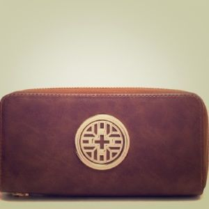 Chic double zipper wallet