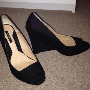 Black open toe wedge heel