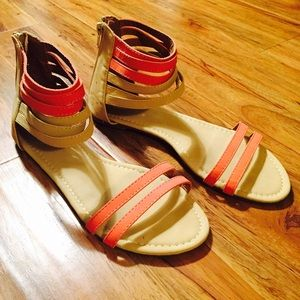 🚫 Sold 🚫 Summer sandals in coral and tan