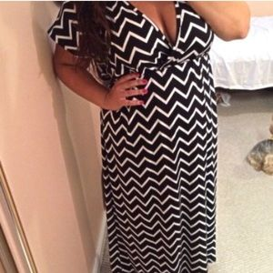 RESERVED Black and white chevron maxi