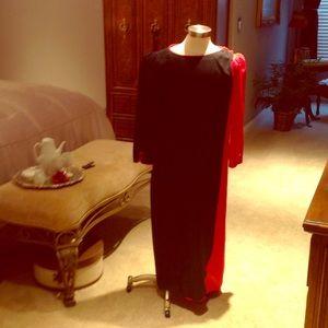 Pacino of California Black/red dress