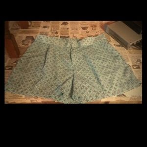 Other - Adorable shorts ......lite green print, sz 16