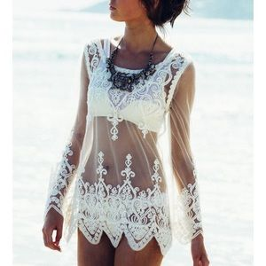 Gorgeous white lace long sleeve