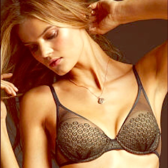 Victoria's Secret Tops - ✨Brand New Victoria's Secret Bra✨