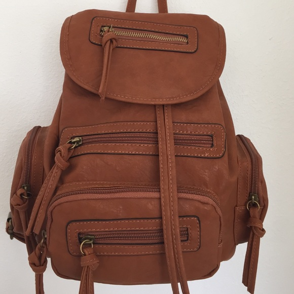 fb873afbbc Bueno leather backpack