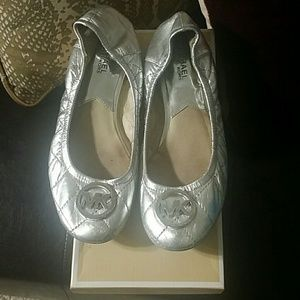 Michael Kors silver fulton quilted flats