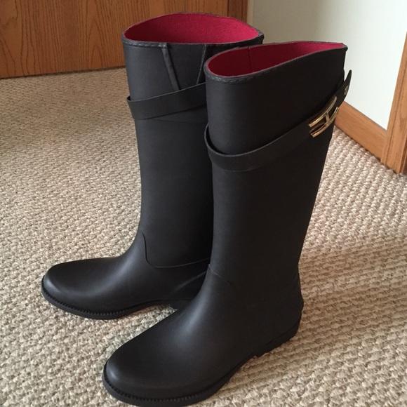 6c825178c56016 Hilfiger Black Rain Boots -- NEW!! M 555f29d37eb29f0cb6001b45