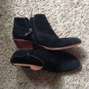 0ef81cd4d Sam Edelman Shoes - Black suede Sam Edelman petty boots 6