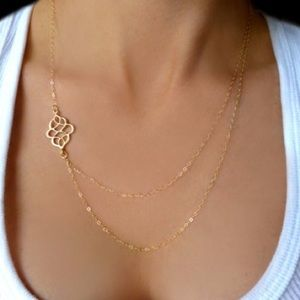 Jewelry - Double chain delicate gold necklace damask