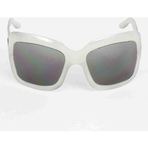 9a87d98b9007 Dior Accessories - Christian Dior White Sunglasses