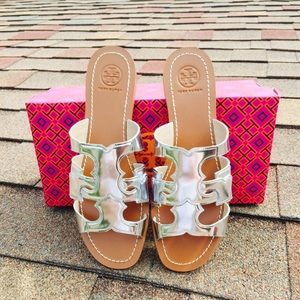 {Tory Burch} Silver Anchor Flat Sandals