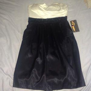 Ruby Rox Dresses & Skirts - Ruby Rox Silky Strapless Dress w/ Pockets & Bling