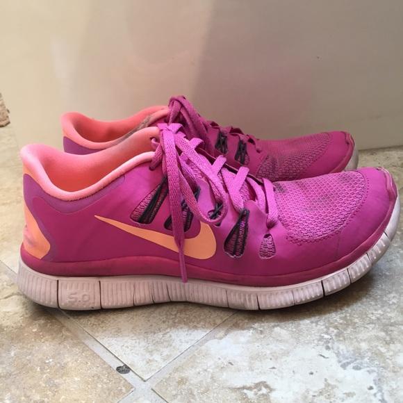 Zapatos Nike Mujeres Free Running Flyknit 40 Zapatilla De Running Free Poshmark 1a3fe4