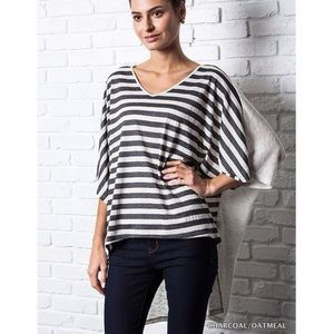 """Chime"" Striped Front Loose Top"