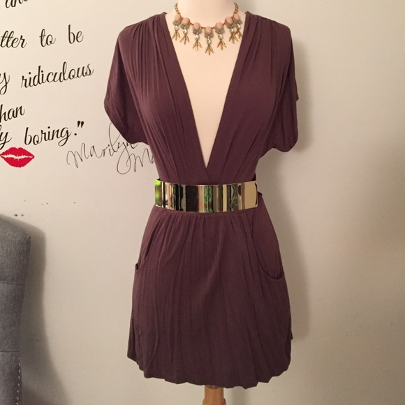 Forever 21 Dresses - Brown Dress or tunic! Wear it either way! 💞💋