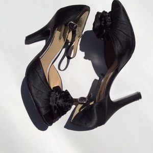 Sam & Libby Black Satin Sandals Size 7.5