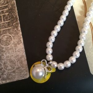 Great pearl necklace