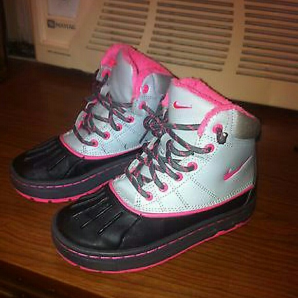 nike boots sale