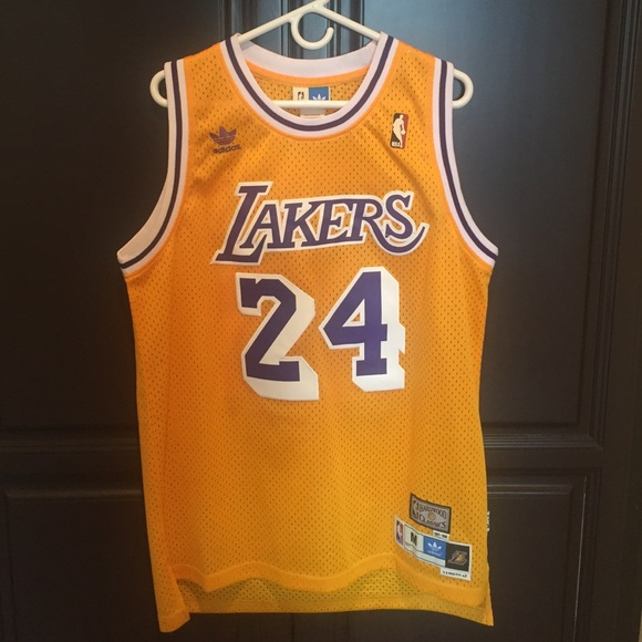 outlet store 37845 de8db NBA Lakers Kobe Bryant Jersey Retro Throwback