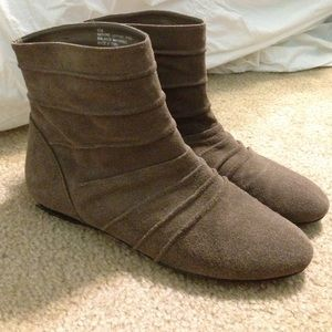 bp size 8 (usa) booties