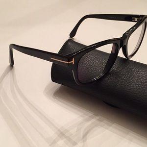bdc27eab54e Tom Ford Accessories - Tom Ford Optical Frames TF 5147