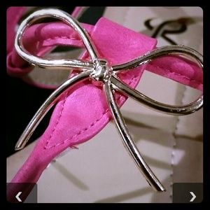 Adorable Pink Bow Sandals NIB