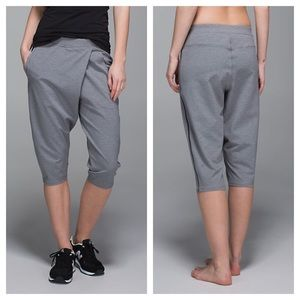 lululemon athletica Pants - {lululemon} Grey Retreat Yogi Crop