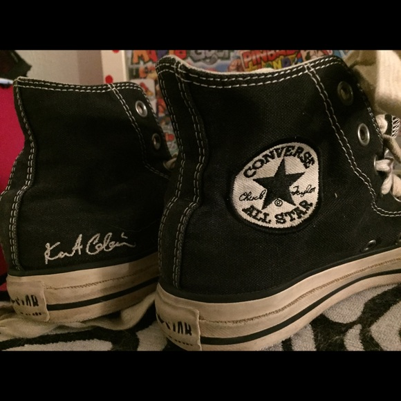 37a00224d373 Converse Shoes - Kurt Cobain black converse grungy looking