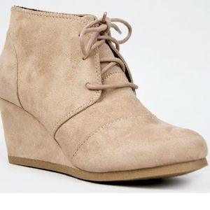 Women's Lace Up Faux Leather Ankle Wedge Boots