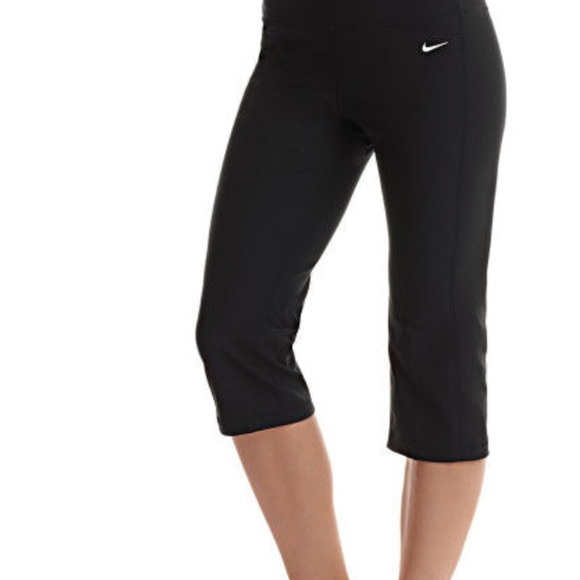 Nike Dri-FIT Cotton Women's Capri Tights