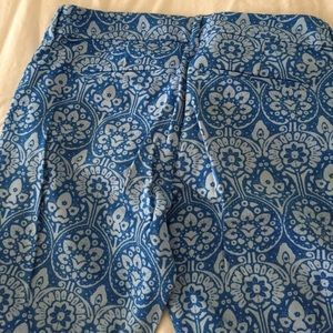 Old Navy Pants - Old Navy light blue printed daisy pant