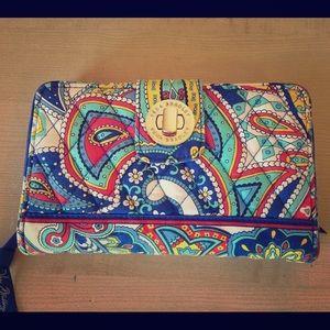 Vera Bradley Clutches & Wallets - Vera Bradley turn lock wallet