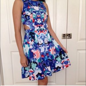 Colorful blue mirror print dress