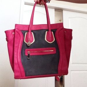 Colorblock square bag with wings