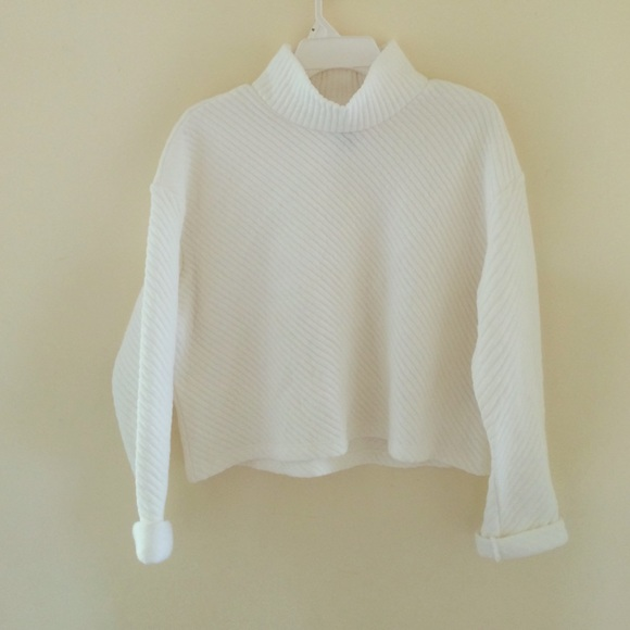 55% off H&M Sweaters - White cropped turtleneck sweater from ...